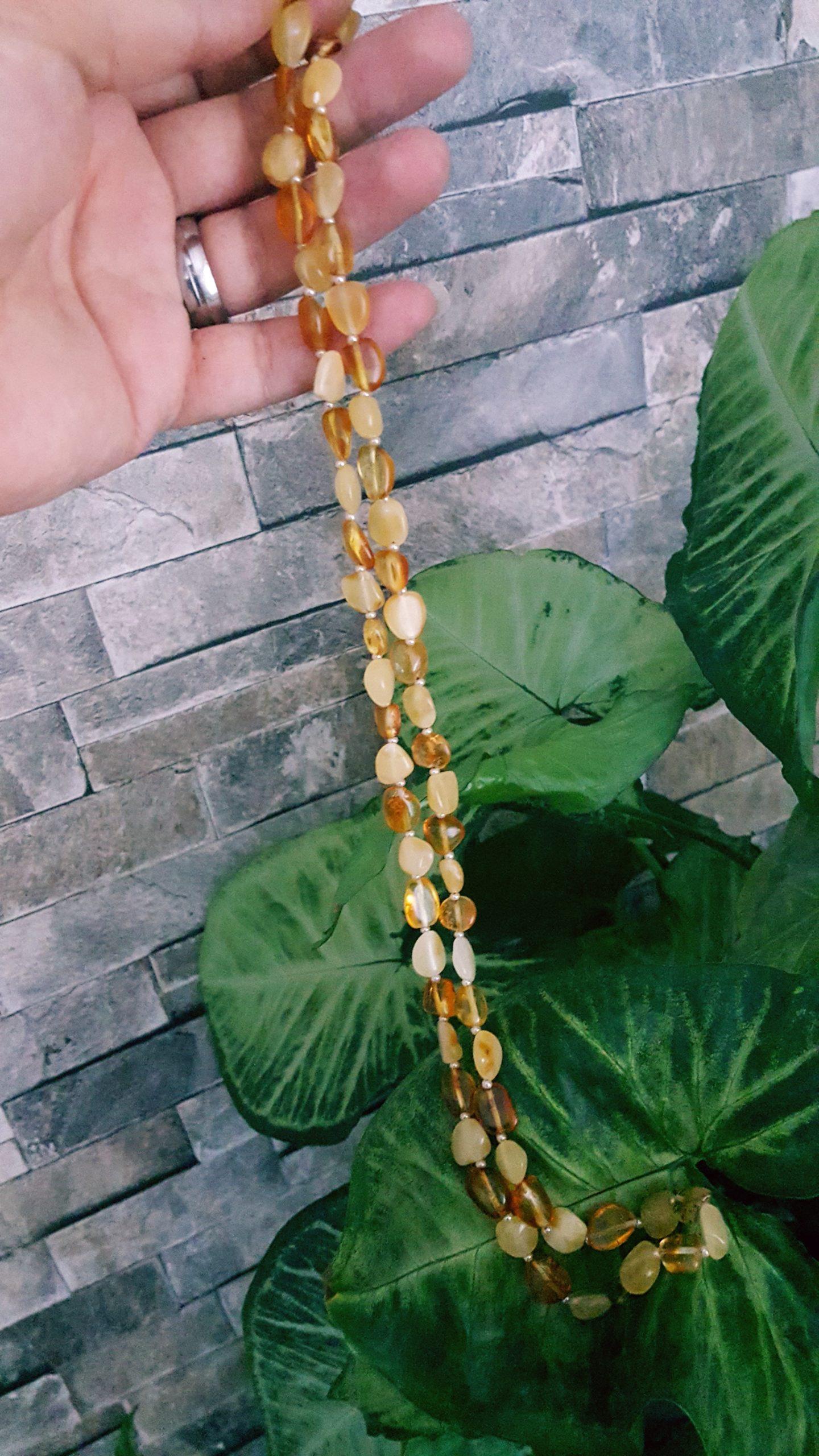 Butter Kehribar ve Honey Kehribar tanelerinden karışık taneli doğal kehribar kolye