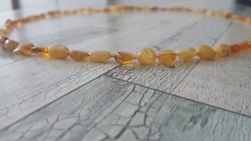 Ham Kehribar Yetişkin Kolyesi (Honey and Butter Amber Necklage)